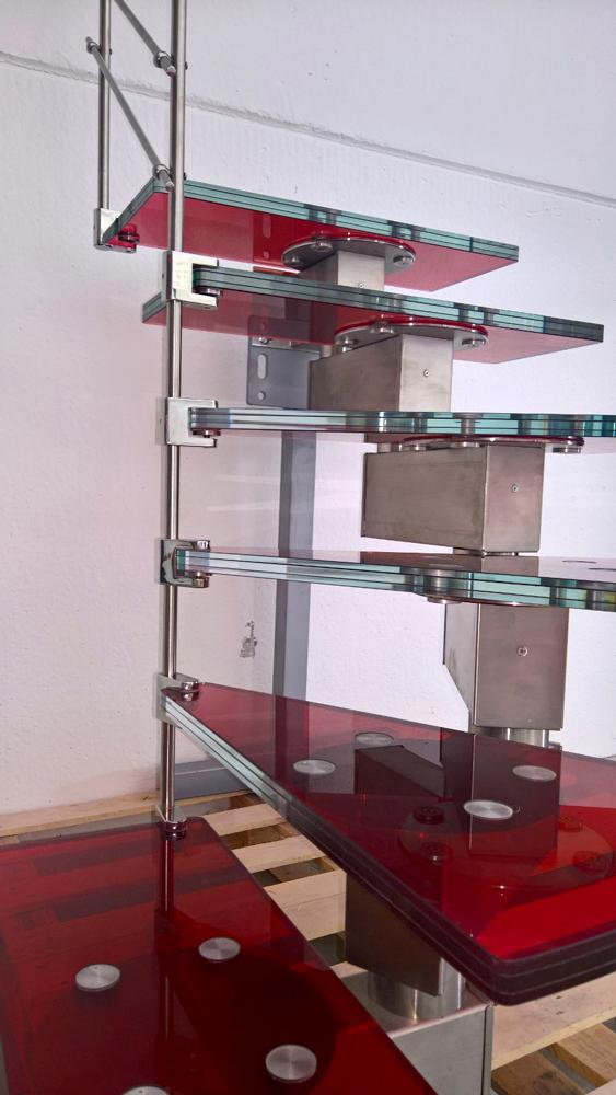 scala_tekna-vetro-rosso3